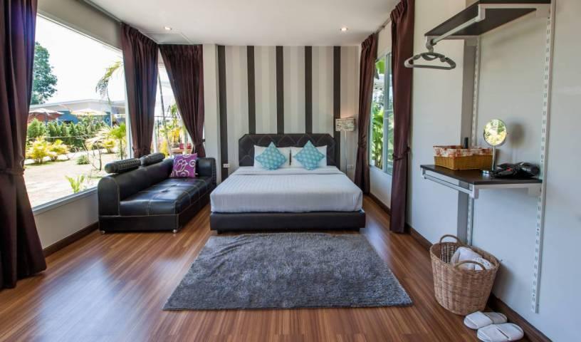 Bluemoon Riverside Resort - Get cheap hostel rates and check availability in Phibun Mangsahan 1 photo