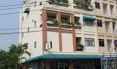 Dive-Den - Get cheap hostel rates and check availability in Patong Beach 10 photos