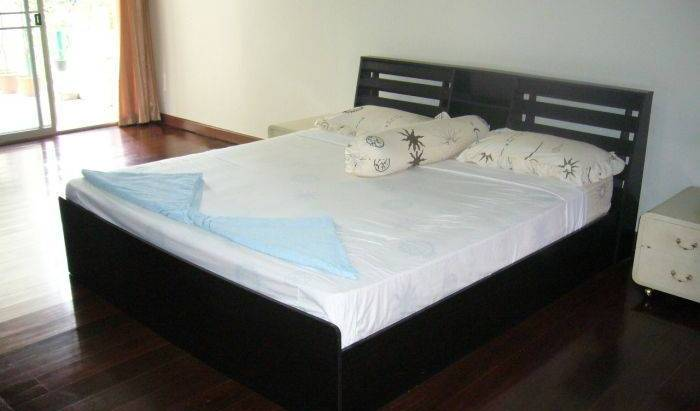 Himalaya Residence - Search available rooms and beds for hostel and hotel reservations in Ban Khlong Lam Sali, really cool hostels and backpackers 3 photos