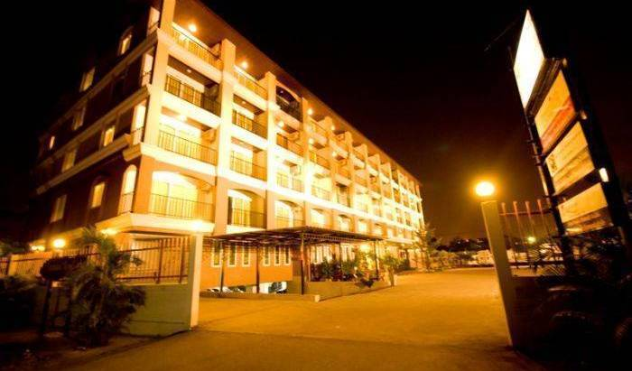 Sinsuvarn Airport Suite, online secure confirmed reservations in Chachoengsao, Thailand 39 photos