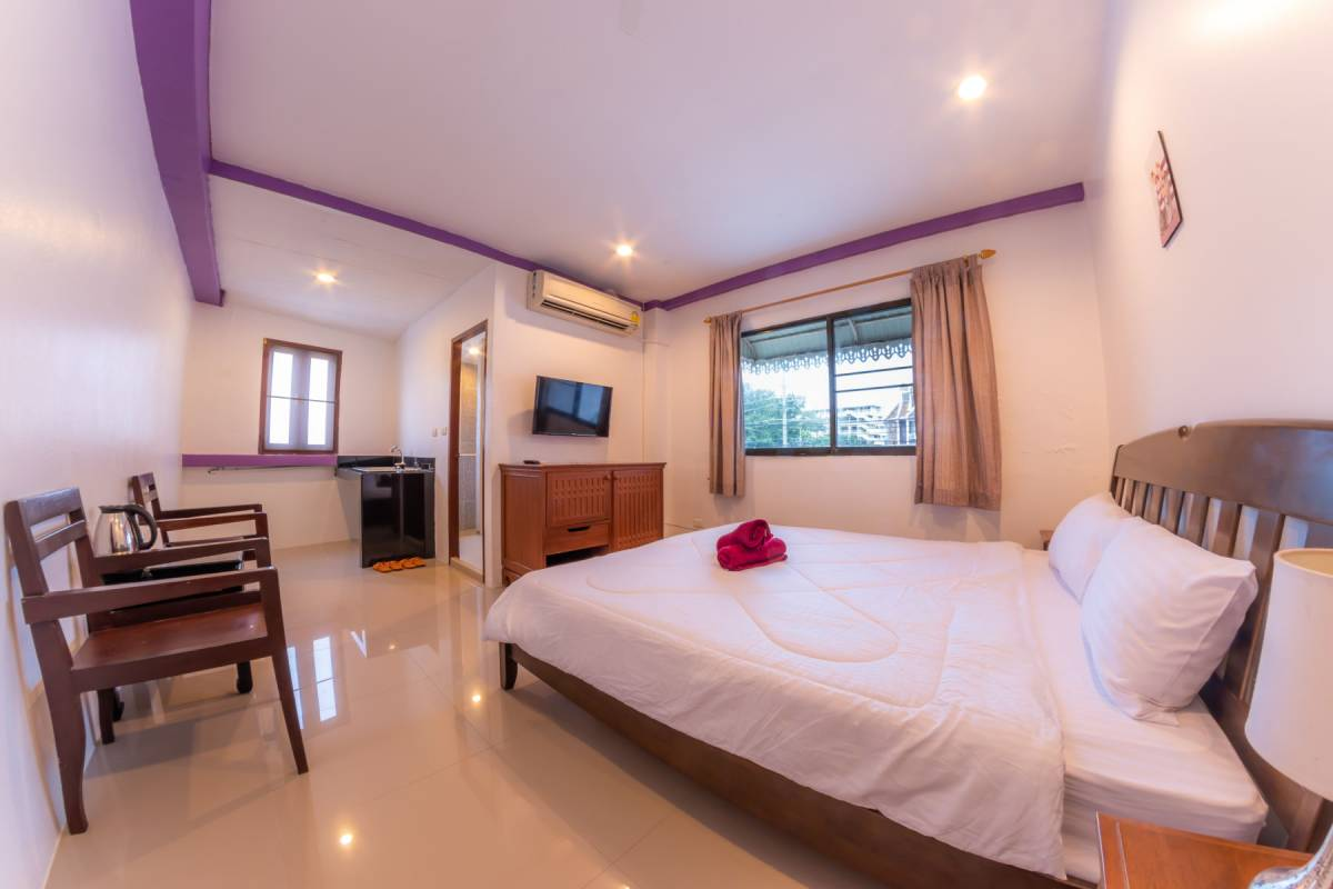 Enrico Hostel Patong, Patong Beach, Thailand, Thailand bed and breakfasts ja hotellit