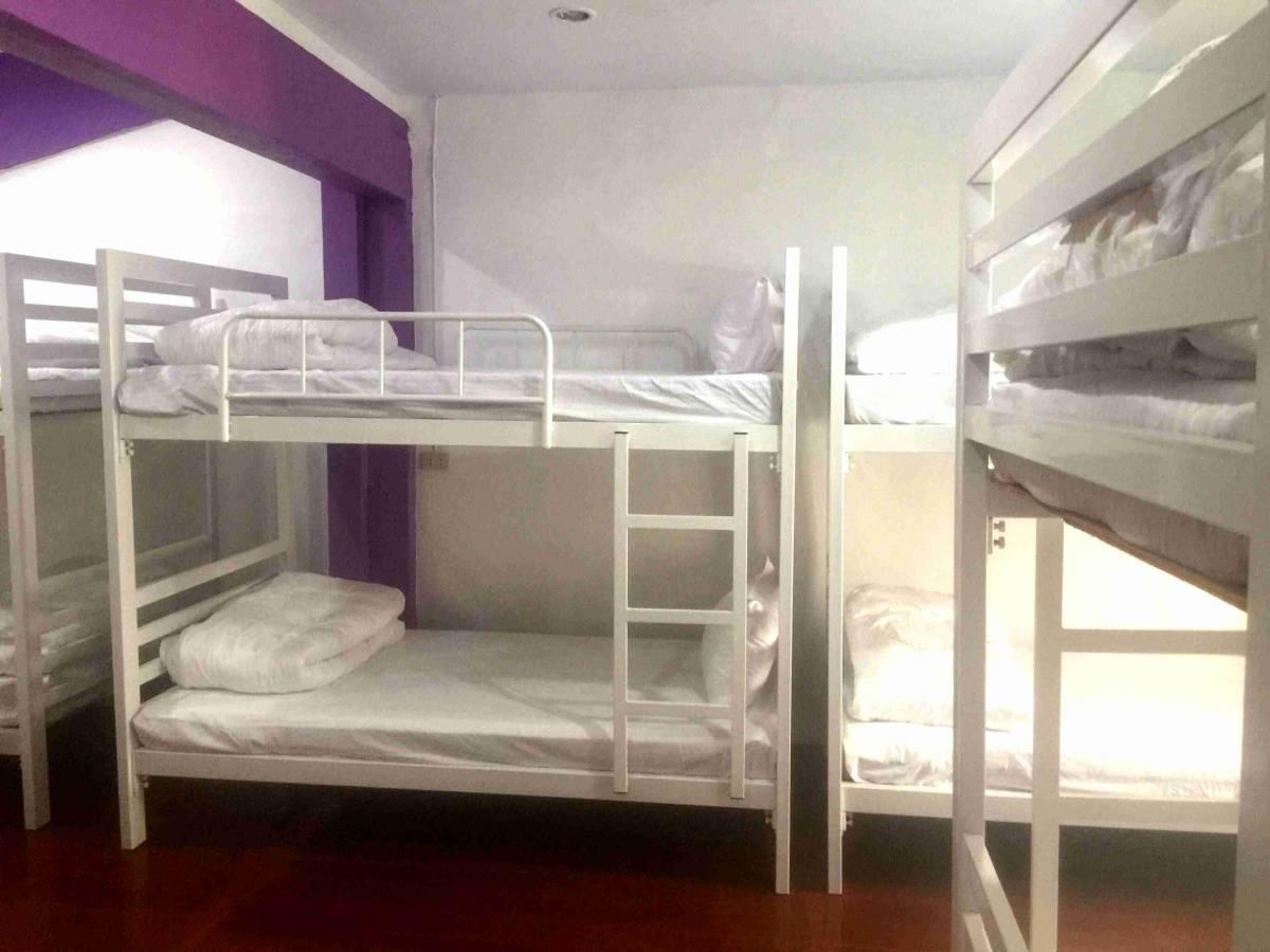 Enrico Hostel Patong, Patong Beach, Thailand, upeita kohteita matka- ja bed & aamiaiset sisään Patong Beach