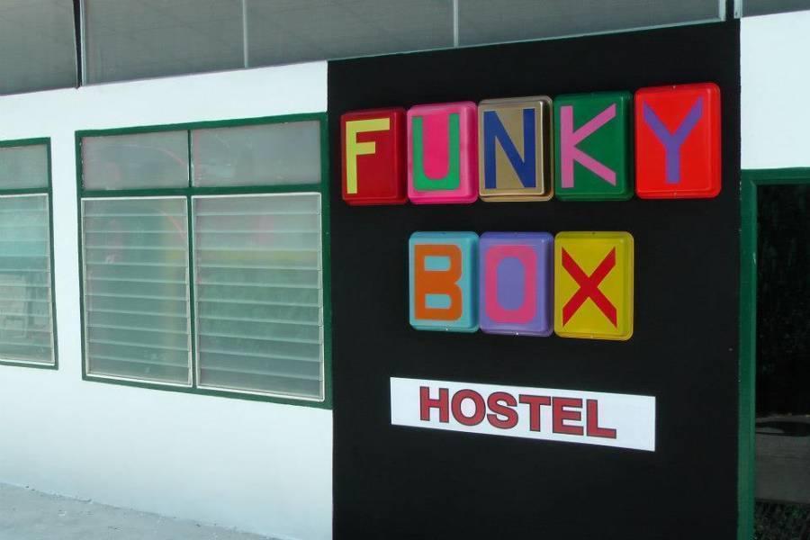 Funky Box Hostel, Chiang Khong, Thailand, Thailand giường ngủ và bữa ăn sáng và khách sạn