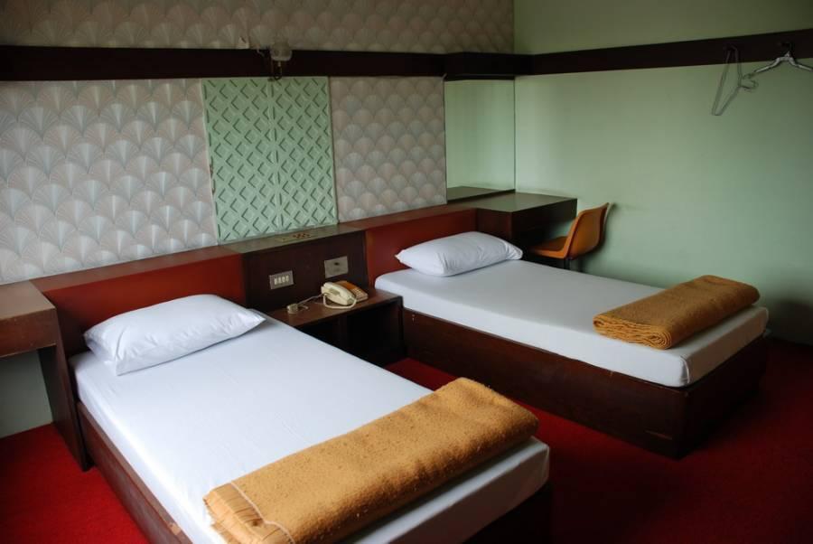Happy Inn Hotel, Bang Kho Laem, Thailand, Thailand giường ngủ và bữa ăn sáng và khách sạn