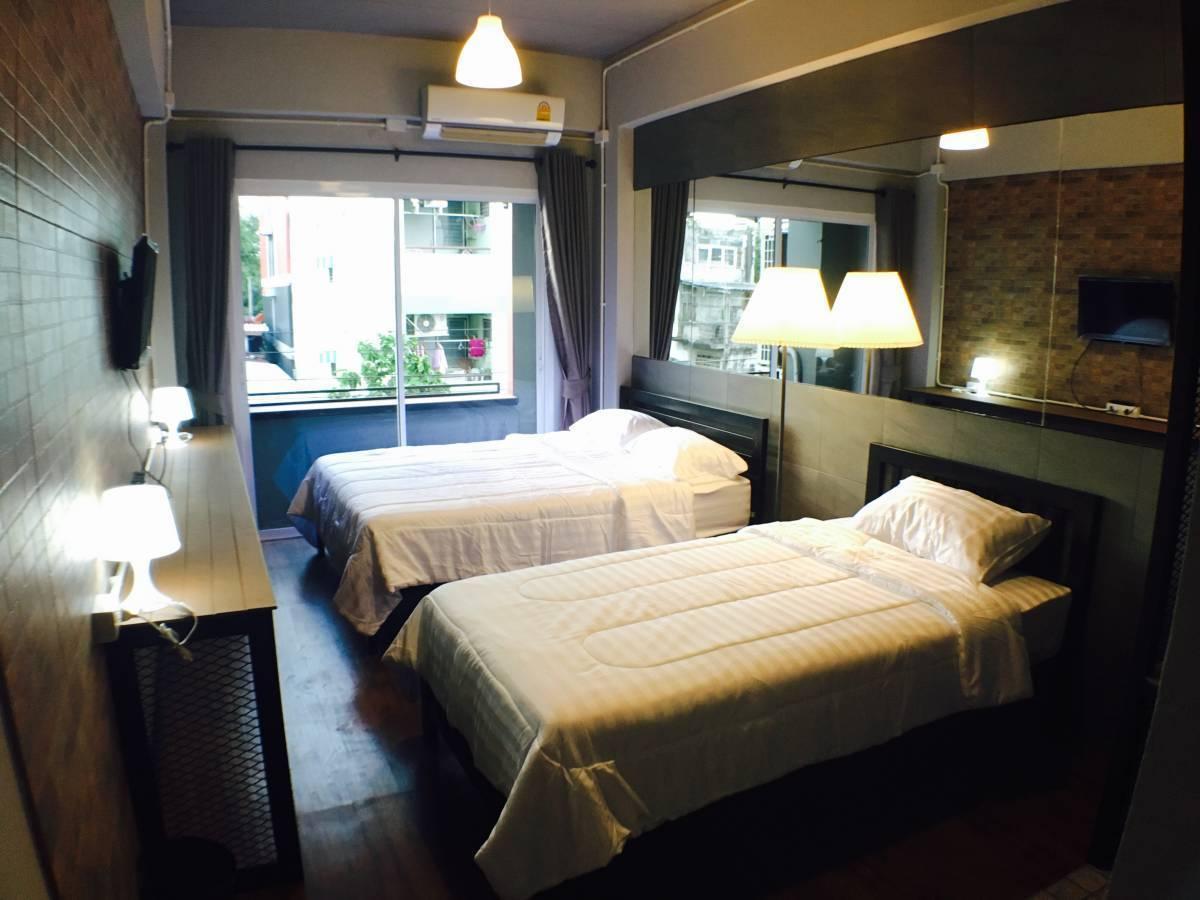 Popcorn Ratchada House, Bangkok, Thailand, holiday vacations, book a hostel in Bangkok