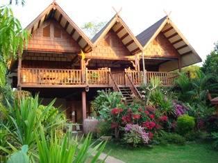 Thai House Isaan, Mukdahan, Thailand, Thailand giường ngủ và bữa ăn sáng và khách sạn