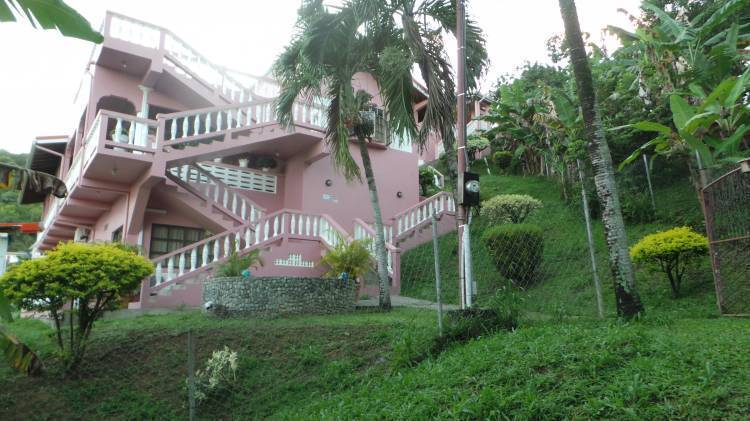 Topranking Hillview Guesthouse, Speyside, Trinidad and Tobago, Trinidad and Tobago hostels and hotels