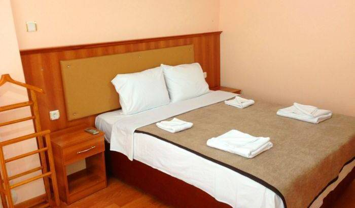 Istanbul Sydney Hotel - Search for free rooms and guaranteed low rates in Kumkapi, cheap hostels 18 photos