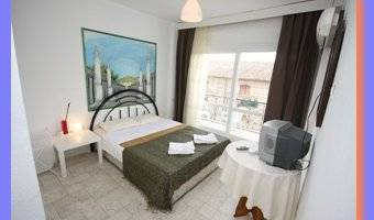 Urkmez Hotel - Get cheap hostel rates and check availability in Selcuk 7 photos