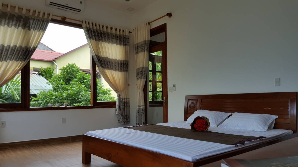 Ana Homestay, Hue, Viet Nam, what are the safest areas or neighborhoods for hostels in Hue
