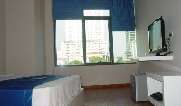 Ping Hotel - Search available rooms and beds for hostel and hotel reservations in Ha Noi, youth hostels, backpacking, budget accommodation, cheap lodgings, bookings 12 photos