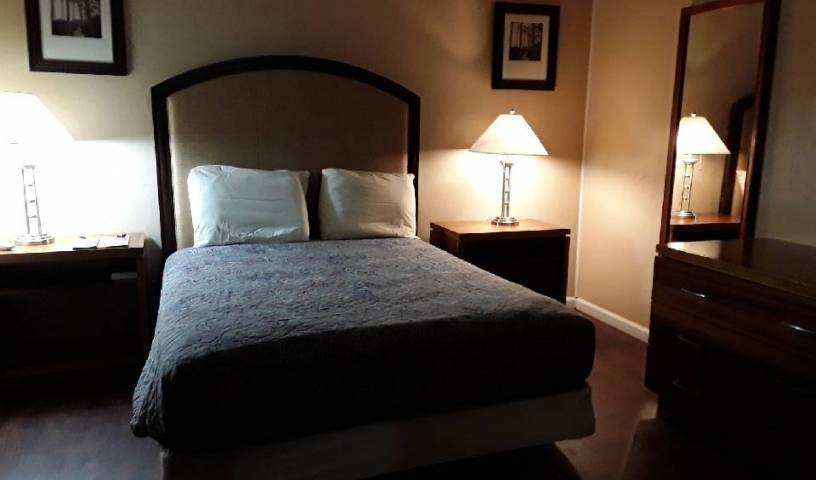 Ans Inn and Suites - Search for free rooms and guaranteed low rates in Winchester 6 photos
