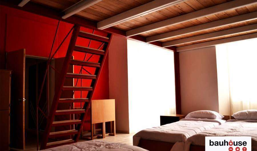 Reserve low rates for youth hostels and apartments in Cuenca