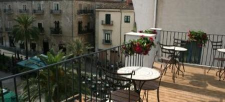 Bed and Breakfast Palazzo Villelmi, Cefalu, Italy