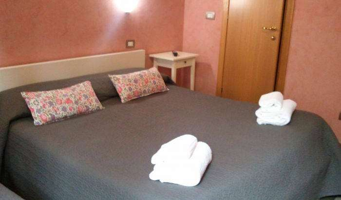 Reserve low rates for youth hostels and apartments in Rome