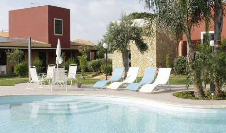 hostels near beaches and ocean activities in Marsala, Italy