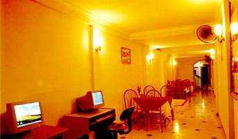 Book youth hostels and hotels now in Ha Noi