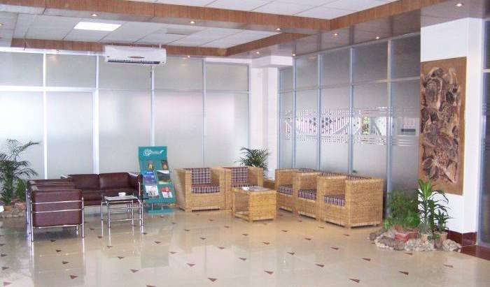 Find low rates and reserve youth hostels in Dhaka