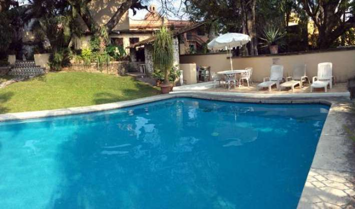 gift certificates available for hostels in Cuernavaca, Mexico