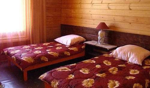 Best rates for youth hostel rooms and beds in Listvyanka