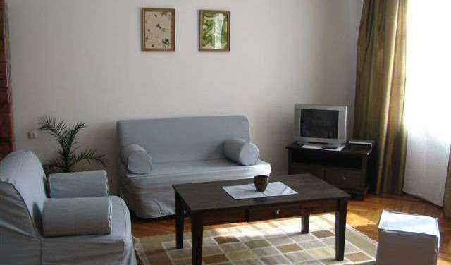 Reserve low rates for youth hostels and apartments in Krakow